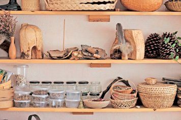 Natural materials in a classroom
