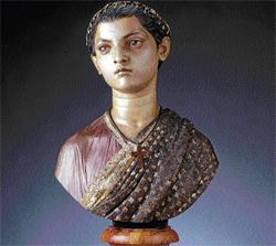 Victoria Gowramma bust